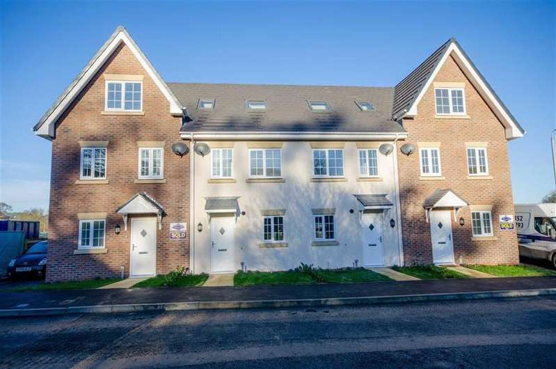 3 Bedrooms Town House for sale in Rhyd Y Byll, Rhewl, Ruthin
