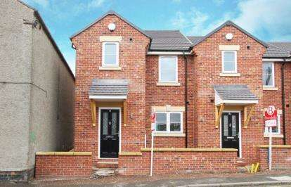 Town House for sale in Pottery Mews, Barker Lane, Chesterfield, Derbyshire