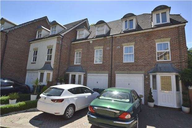 3 Bedrooms Town House for sale in HORLEY, RH6