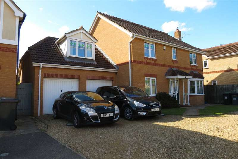 5 Bedrooms Detached House for sale in Gibson Close, Sleaford