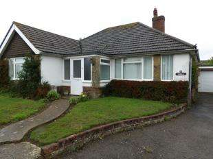 3 Bedrooms Bungalow for sale in North Way, Seaford, East Sussex