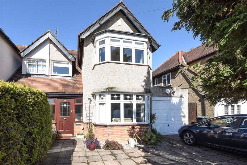 3 Bedrooms Semi Detached House for sale in Mount View, Rickmansworth, Hertfordshire, WD3