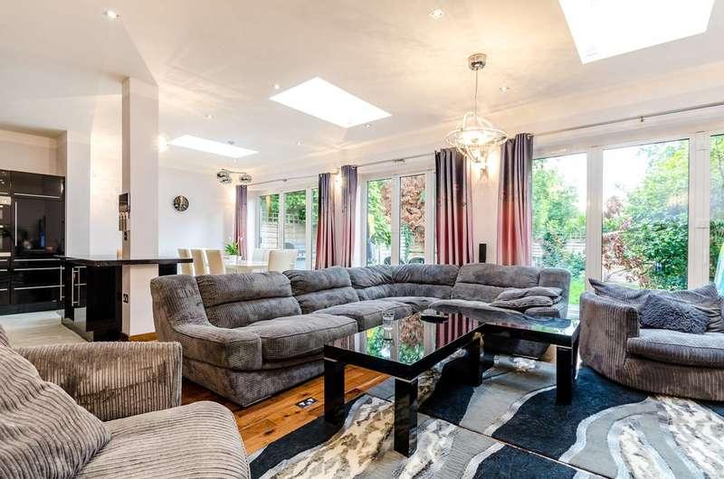 4 Bedrooms Semi Detached House for sale in Robin Hood Lane, Kingston Vale, SW15