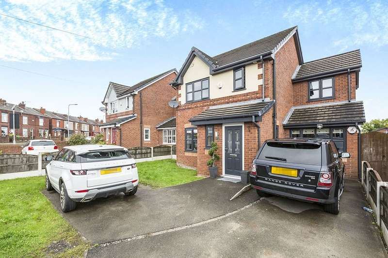 4 Bedrooms Detached House for sale in Downall Green Road, WIGAN, WN4