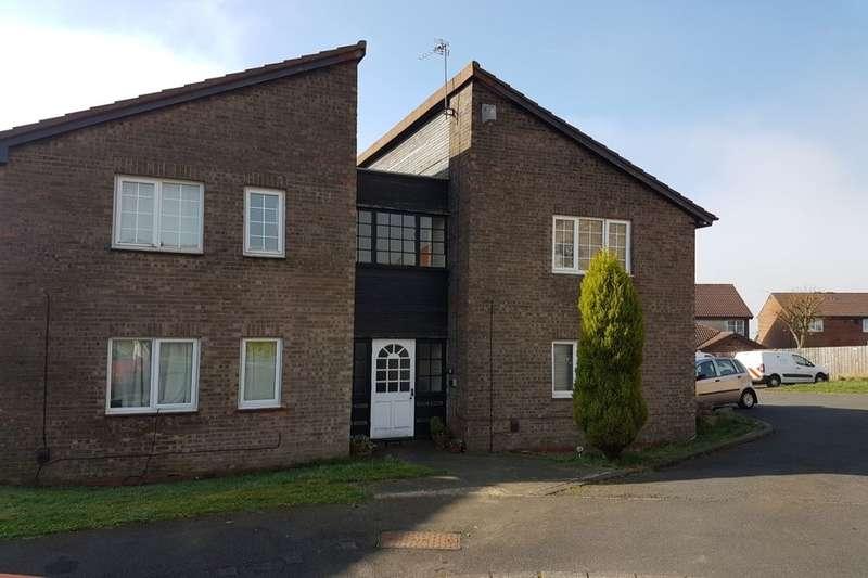 Flat for sale in Aldeburgh Avenue, Lemington Rise, Newcastle Upon Tyne, NE15