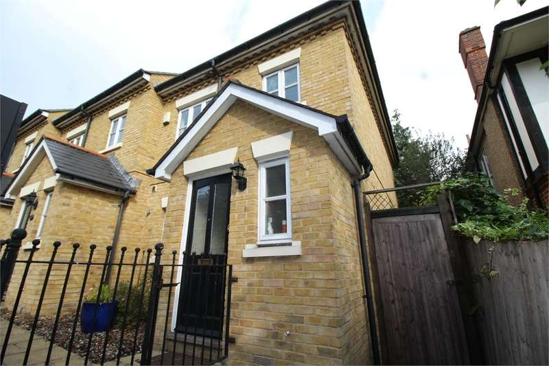 3 Bedrooms End Of Terrace House for sale in Lordship Lane, London