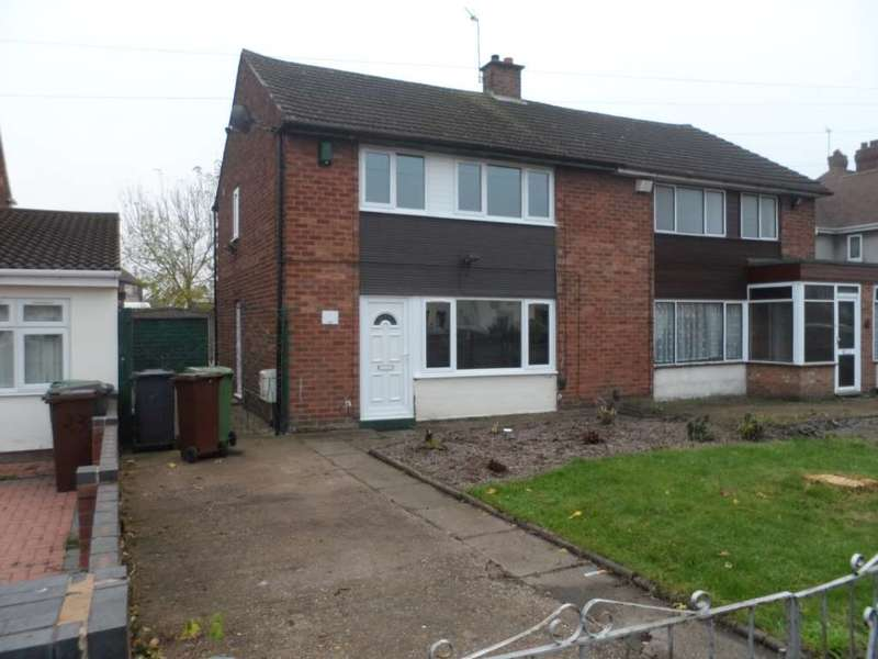3 Bedrooms Semi Detached House for rent in Vaughan Road, Willenhall