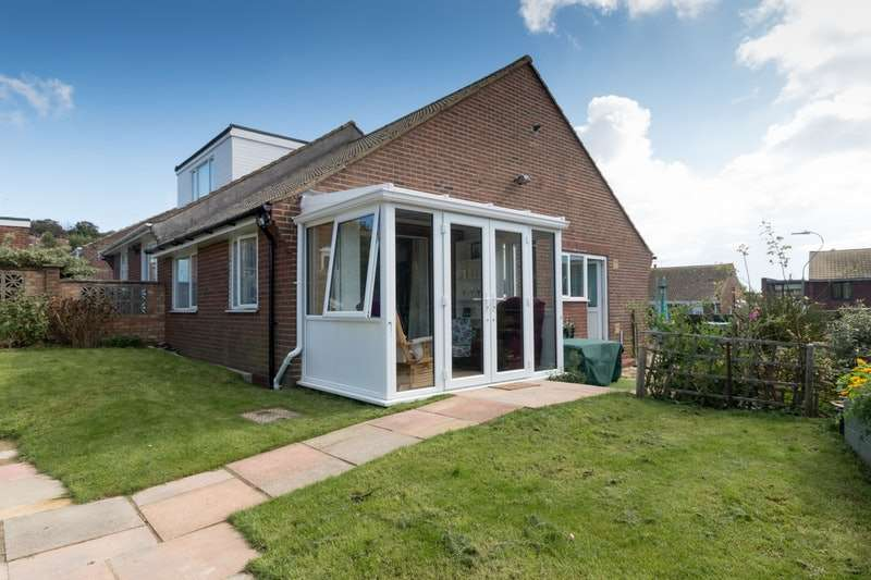 2 Bedrooms Bungalow for sale in Richland Close, Hastings, East Sussex, TN35