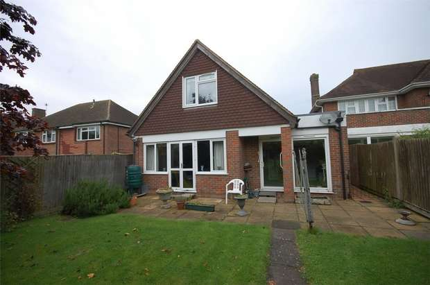 3 Bedrooms Detached House for sale in Wendover Way, Aylesbury, Buckinghamshire
