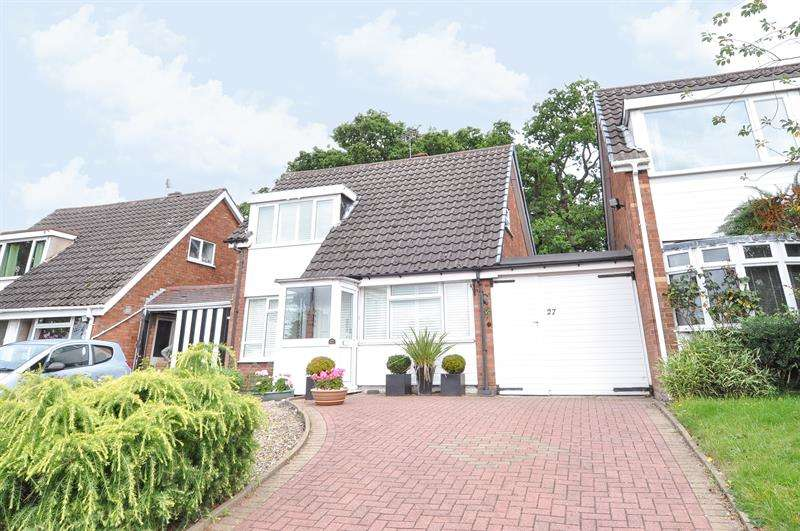 2 Bedrooms Bungalow for sale in Grovewood Drive, Kings Norton, Birmingham