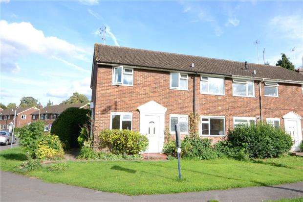 2 Bedrooms Maisonette Flat for sale in Penrith Road, Basingstoke, Hampshire