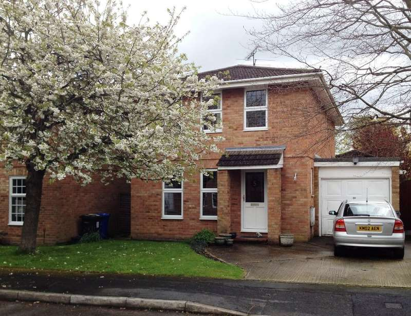 1 Bedroom House for rent in Yateley, Hampshire