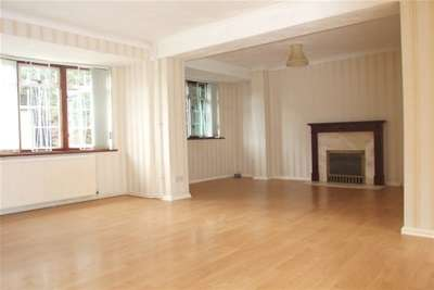 4 Bedrooms House for rent in Tweed Crescent, Bicester
