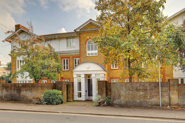 2 Bedrooms Apartment Flat for sale in Ridgway, LONDON, SW19