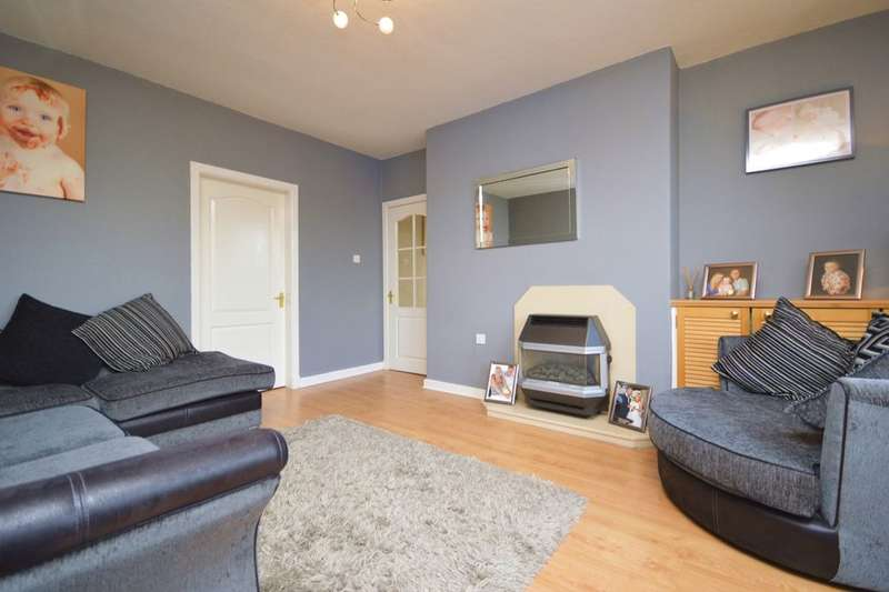 2 Bedrooms Flat for sale in Cairns Street West, Kirkcaldy, KY1