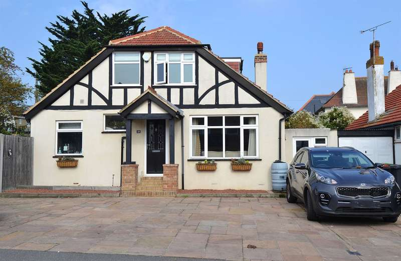 3 Bedrooms Detached Bungalow for sale in Queens Road, Tankerton, Whitstable
