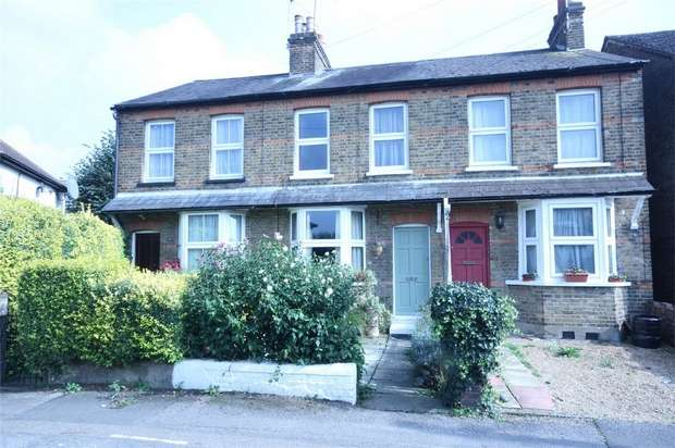 3 Bedrooms Terraced House for sale in 49 Bridge Road, UXBRIDGE, Middlesex