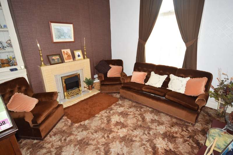 5 Bedrooms End Of Terrace House for sale in Geneva Street, Barrow-in-Furness, Cumbria, LA14 2JZ