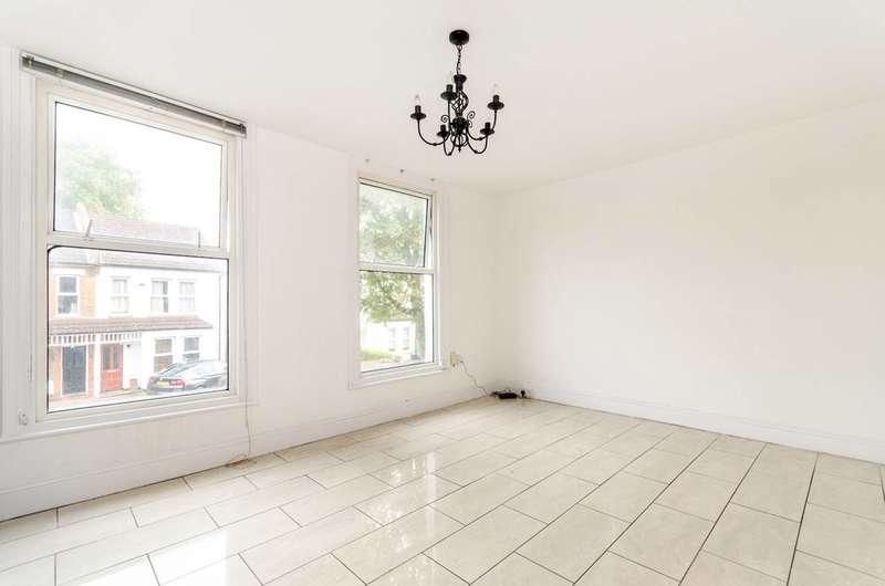3 Bedrooms Maisonette Flat for sale in Freelands Road, Bromley, BR1