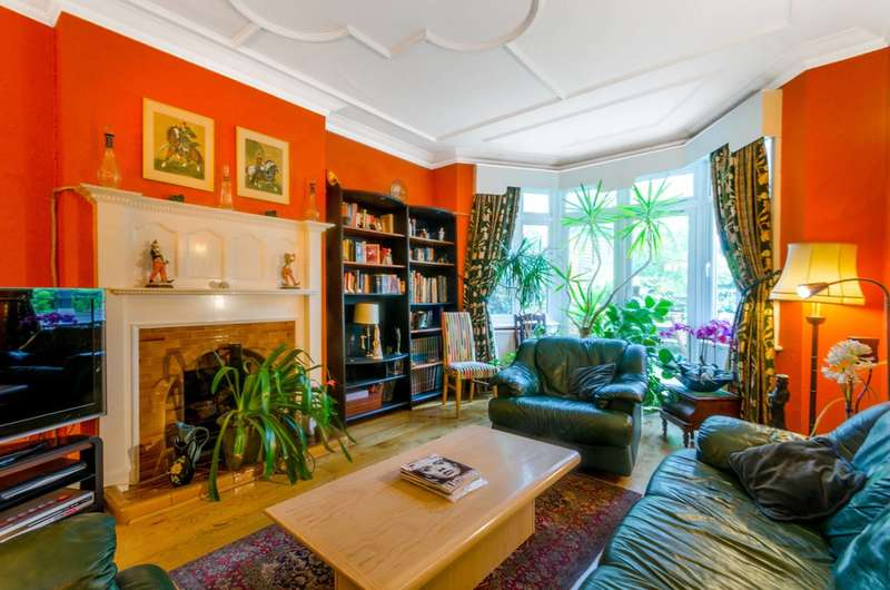 7 Bedrooms House for sale in Finchley Road, Hampstead, NW3