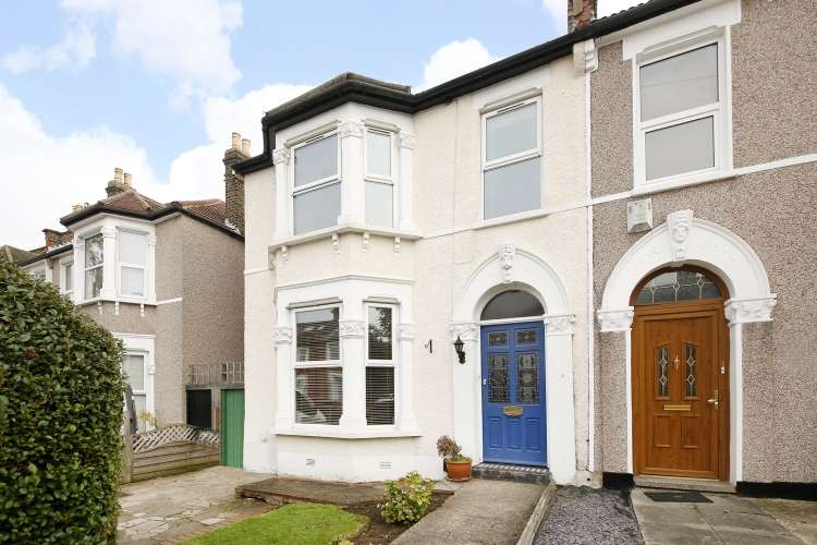 4 Bedrooms End Of Terrace House for sale in Ardgowan Road Catford SE6