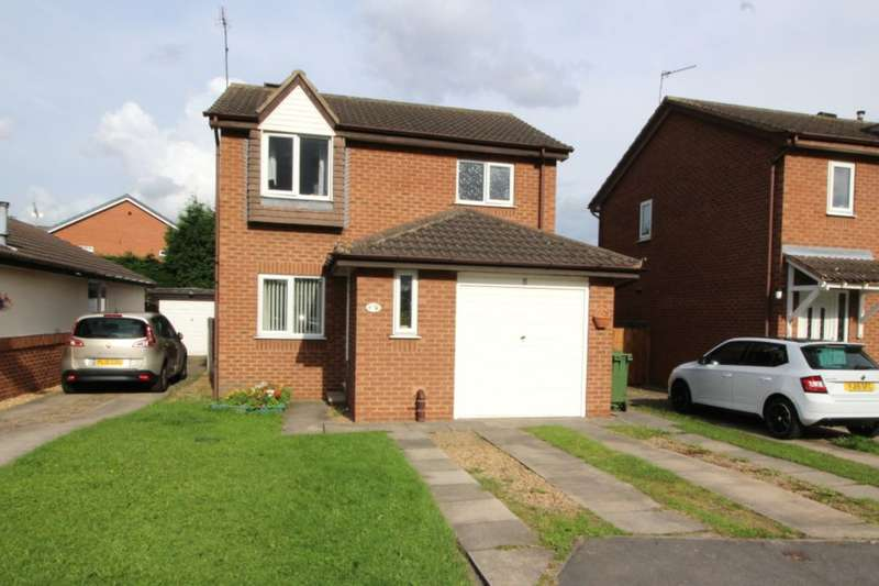 3 Bedrooms Detached House for sale in Langdale Drive, Altofts, Normanton, WF6