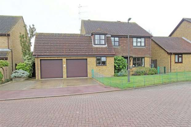 5 Bedrooms Detached House for sale in Heron Close, Lower Halstow, Sittingbourne, Kent