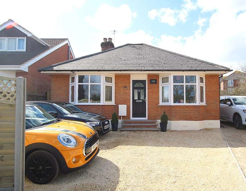 3 Bedrooms Detached Bungalow for sale in Gudge Heath Lane, Fareham