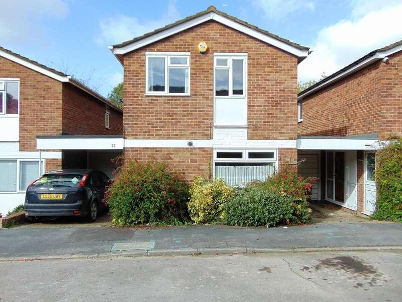 4 Bedrooms Semi Detached House for sale in Newlands Wood, Bardolph Avenue, Croydon, CR0 9JQ