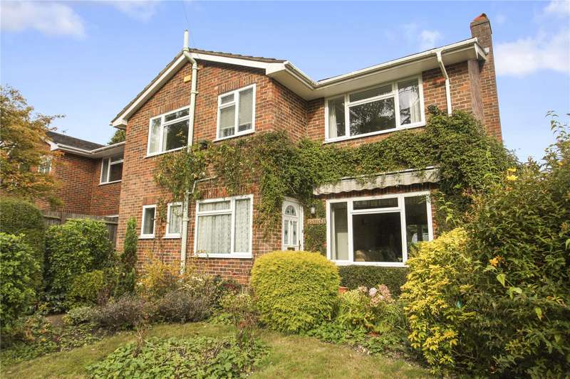 4 Bedrooms Detached House for sale in The Mount, Guildford, Surrey, GU2