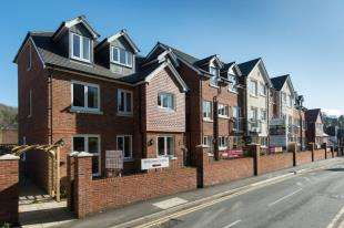 1 Bedroom Retirement Property for sale in Caterham Lodge, 2 Stafford Road, Caterham, Surrey