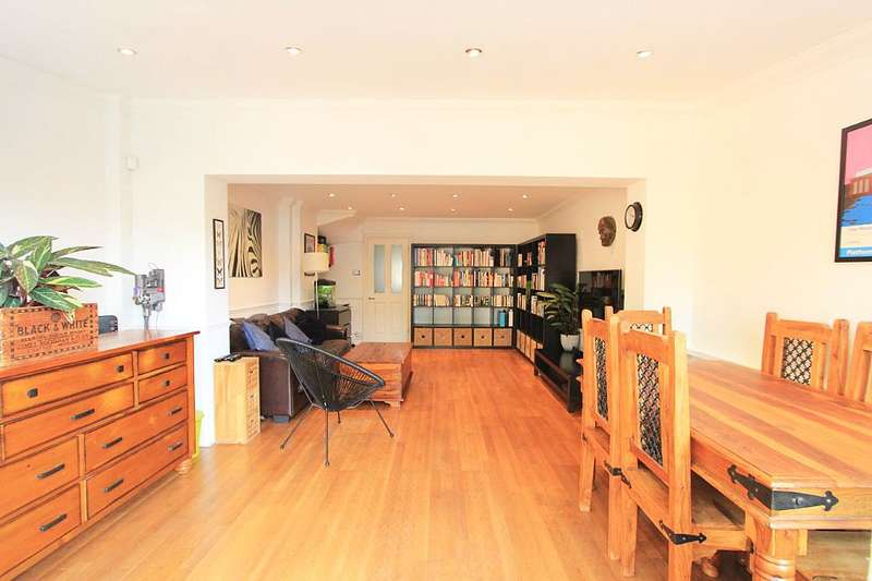 2 Bedrooms Maisonette Flat for sale in Croftside, 53 Sunny Bank, London, London, SE25 4TL