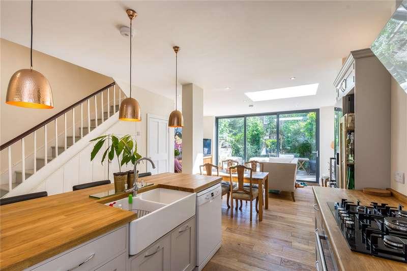 4 Bedrooms Terraced House for sale in Mildmay Road, London, N1