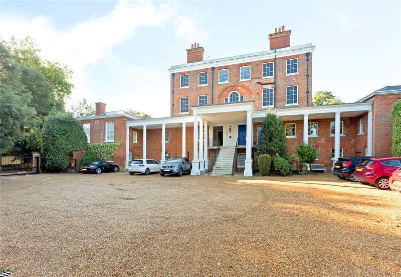 2 Bedrooms Flat for sale in Ray Lodge, Ray Park Avenue, Maidenhead, Berkshire, SL6