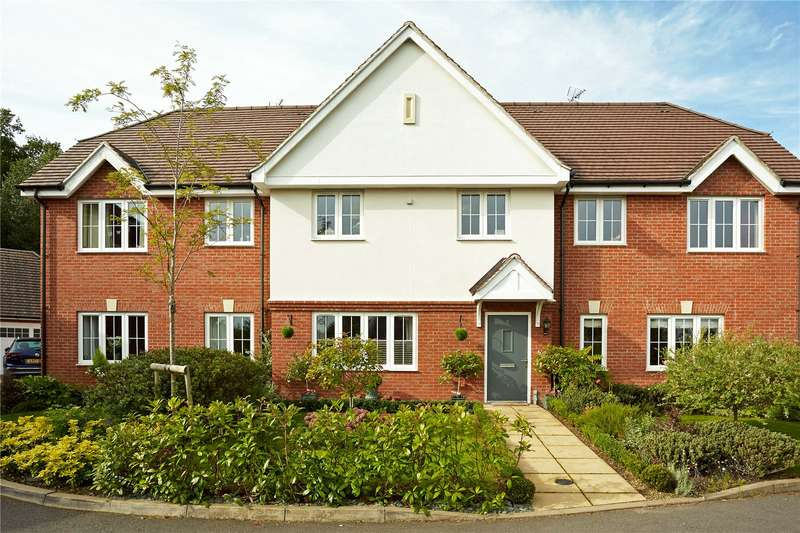 5 Bedrooms Terraced House for sale in Woodlands Close, Dorking, Surrey, RH4