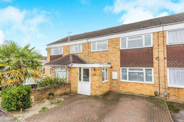 3 Bedrooms Terraced House for sale in Cobham, Surrey