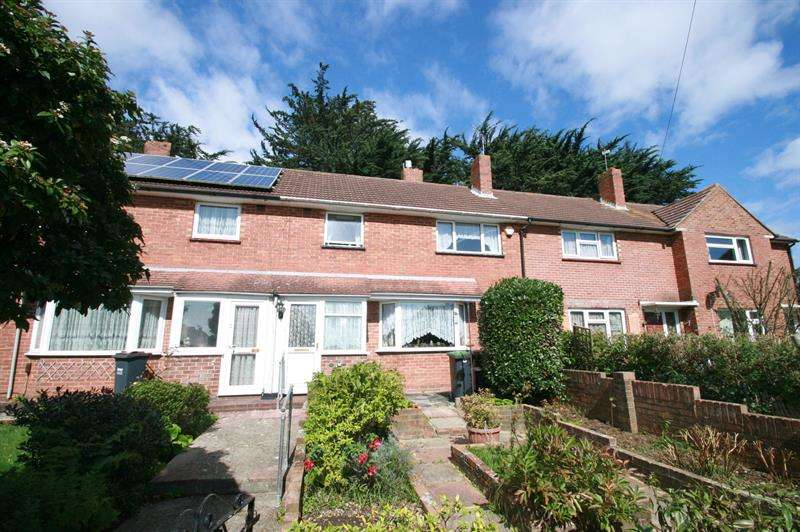 3 Bedrooms Terraced House for sale in Farringdon Road, Havant
