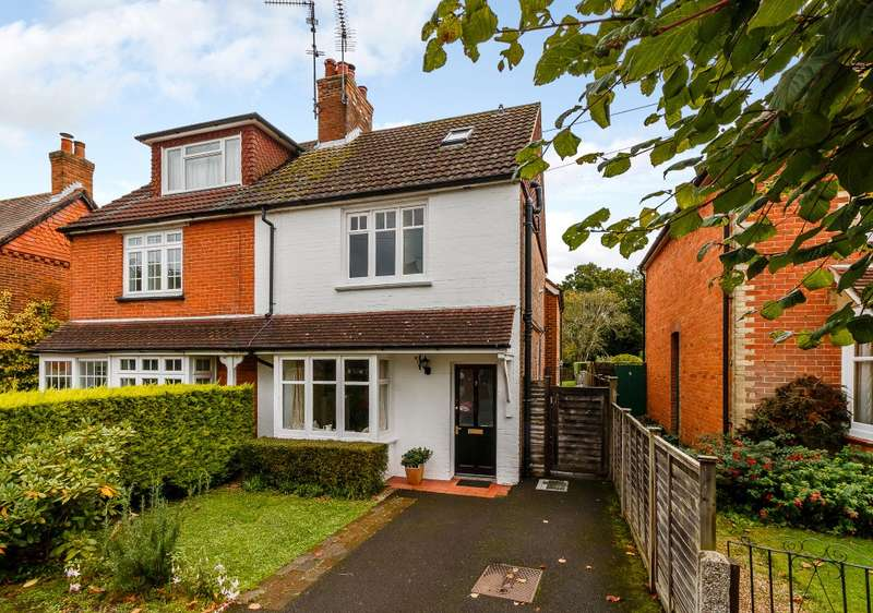 4 Bedrooms Semi Detached House for sale in Cranleigh