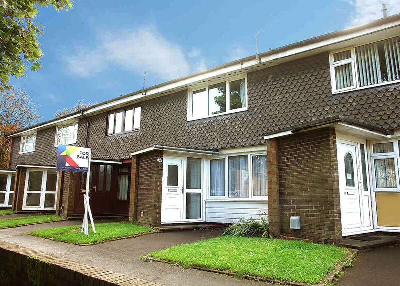 2 Bedrooms Town House for sale in Burnsall Grove, Royton