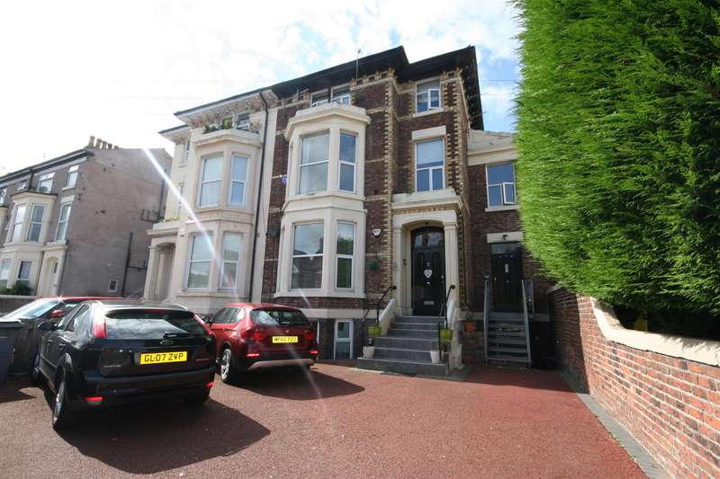 2 Bedrooms Flat for sale in Martins Lane, Wallasey, CH44 1BG