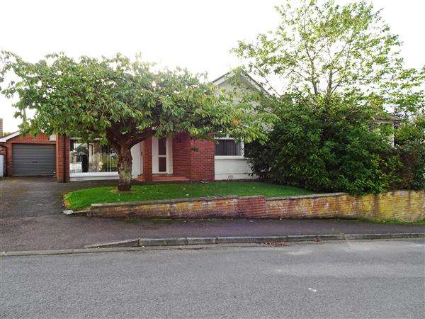 3 Bedrooms Bungalow for sale in 3 Old Rossorry Park