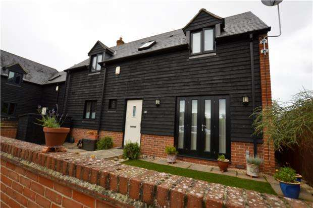 3 Bedrooms End Of Terrace House for sale in Timsbury Court, Steventon, ABINGDON, Oxfordshire, OX13 6FB
