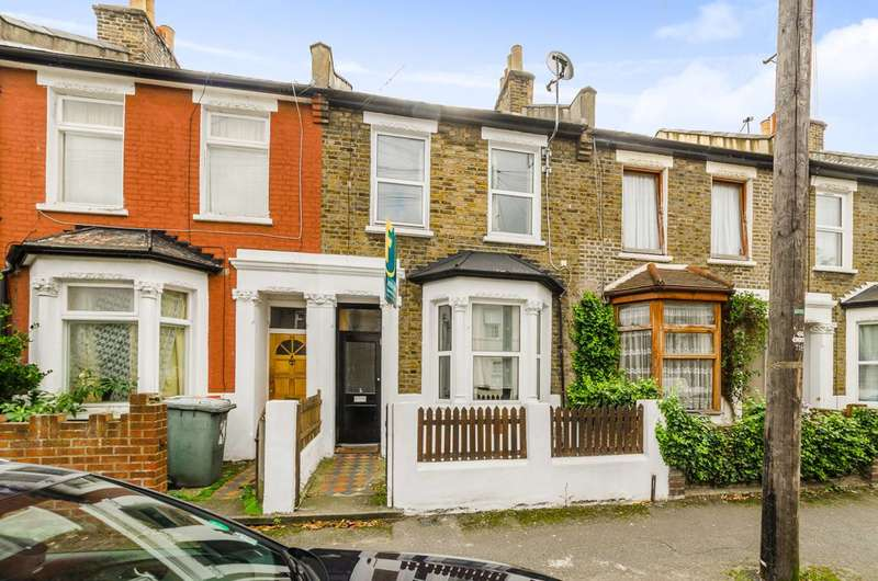 4 Bedrooms House for sale in Heyworth Road, Stratford, E15