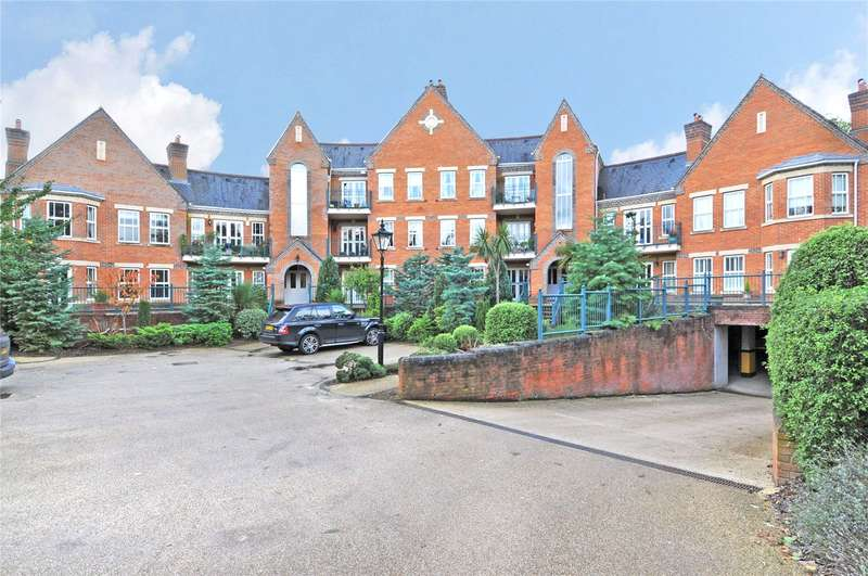 2 Bedrooms Flat for sale in Palmerstone Court, St Ann's Park, Virginia Water, Surrey, GU25