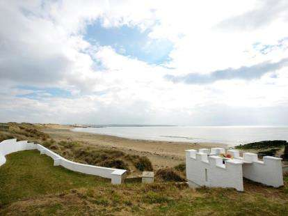 7 Bedrooms Detached House for sale in Rhosneigr, Sir Ynys Mon, ., LL64