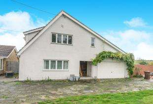 4 Bedrooms Detached House for sale in Main Road, Hoo, Rochester, Kent