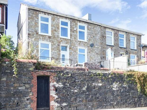 4 Bedrooms Semi Detached House for sale in Sunnybank, Ebbw Vale, Blaenau Gwent