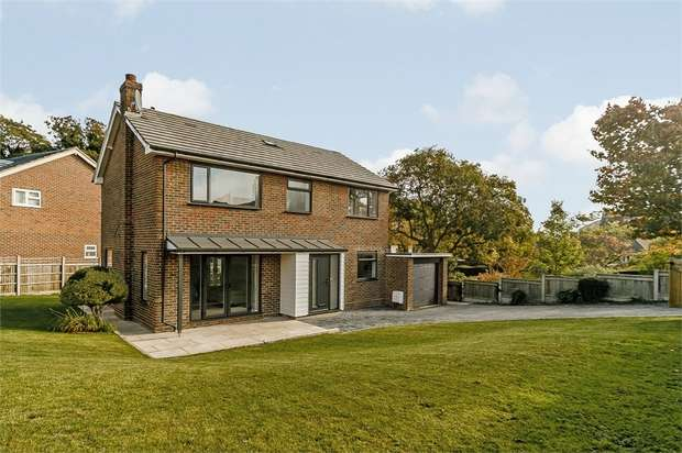 4 Bedrooms Detached House for sale in Park Road, Broadstairs, Kent