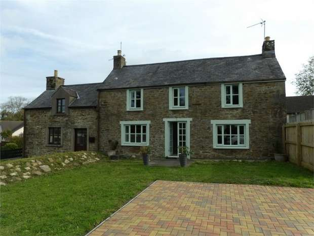 Detached House for sale in Kilgetty, Pembrokeshire