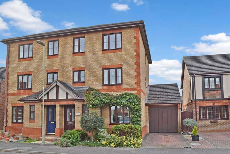 4 Bedrooms Semi Detached House for sale in Rawthey Avenue, Didcot
